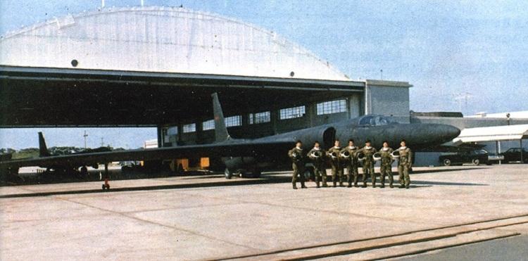 Phi công và máy bay U-2 thuộc Phi đoàn Hắc Miêu. Ảnh: Taiwan Air Power.