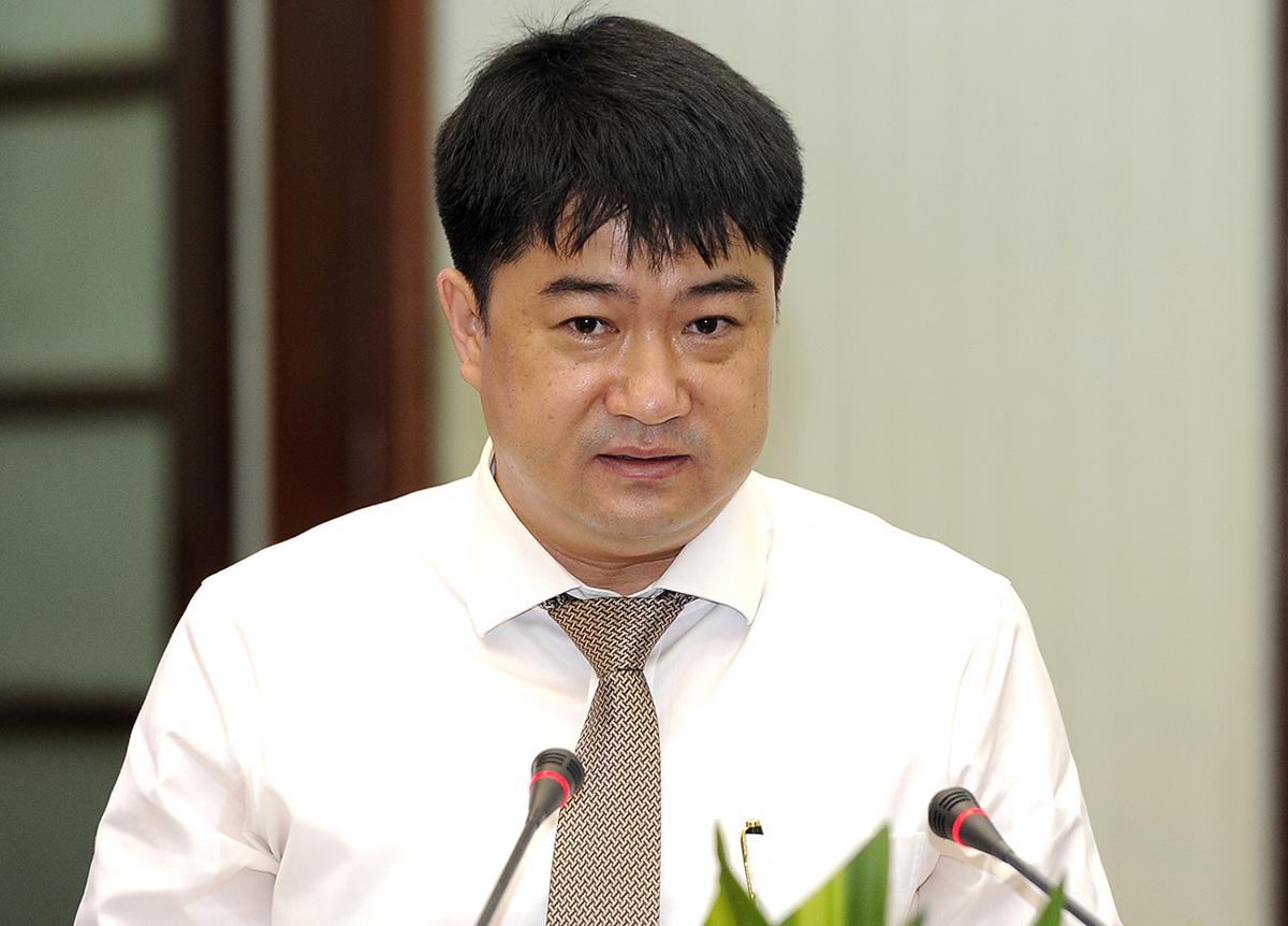 PGS Chu Hoàng Hà phát biểu tại tọa đàm. Ảnh: NX.