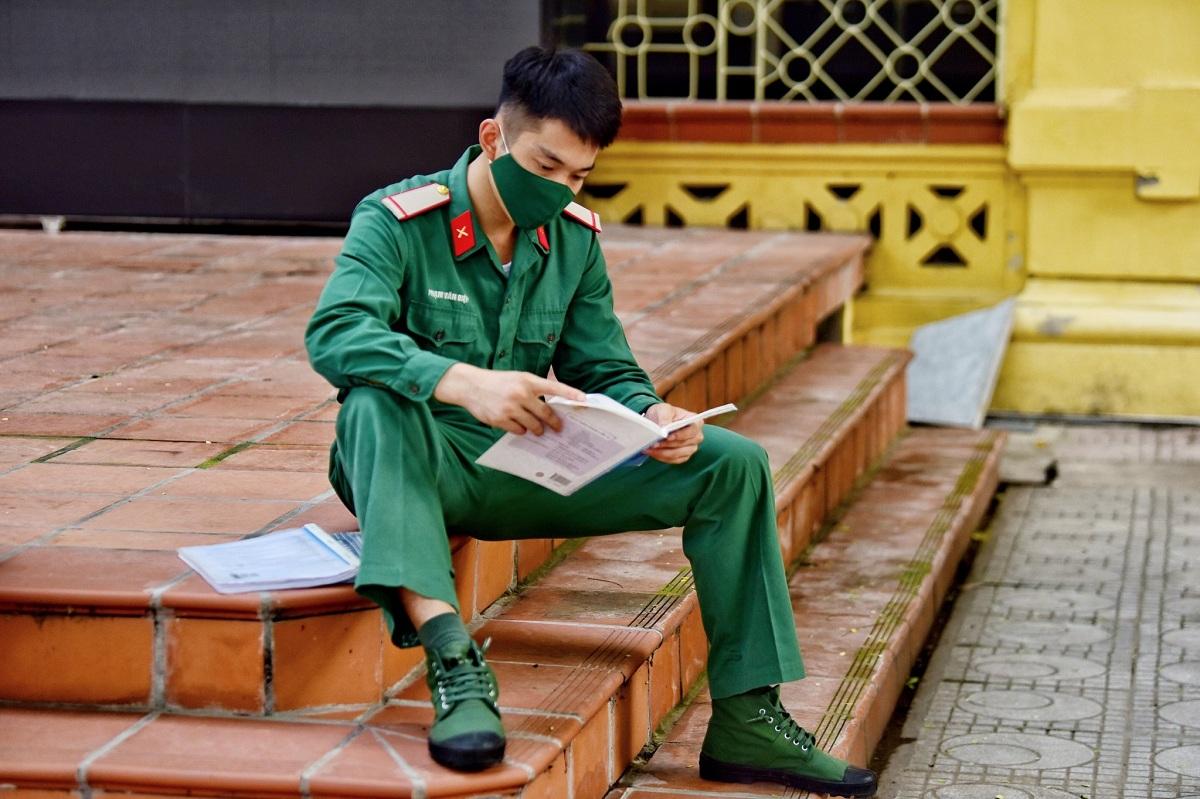 Thí sinh tham dự kỳ thi tốt nghiệp THPT 2020 tại Hà Nội. Ảnh: Giang Huy