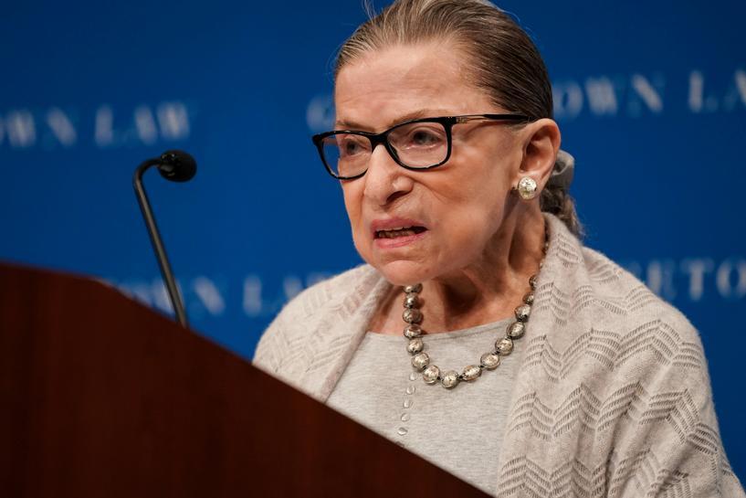 Thẩm phán Ruth Bader Ginsburg tại thủ đô Washington tháng 9/2019. Ảnh: Reuters.