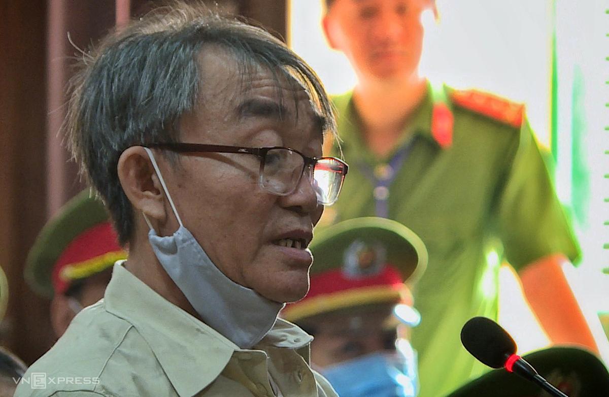 Bị cáo Nguyễn Khanh tại tòa sáng 21/9. Ảnh: Hữu Khoa.