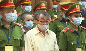 Nhóm ném bom xăng trụ sở công an bị xét xử