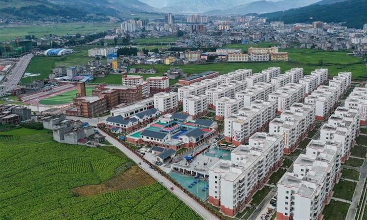 Toàn cảnh khu tái định cư Ganen ở châu tự trị dân tộc Di, Lương Sơn, Tứ Xuyên, hôm 28/8. Ảnh: Xinhua.