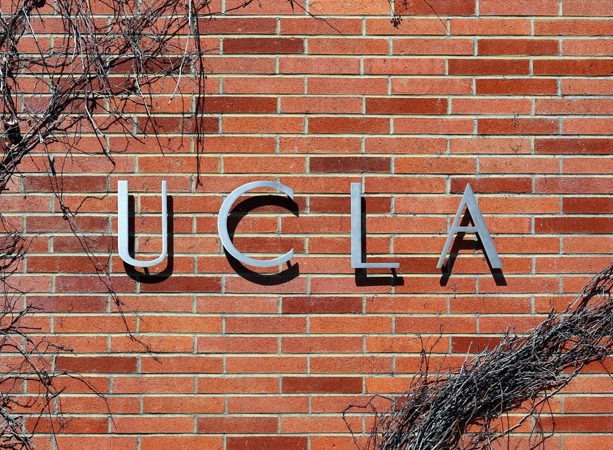 Đại học California tại Los Angeles (UCLA) là một trong bốn cơ sở có sinh viên được ưu ái trúng tuyển. Ảnh: Shutterstock.