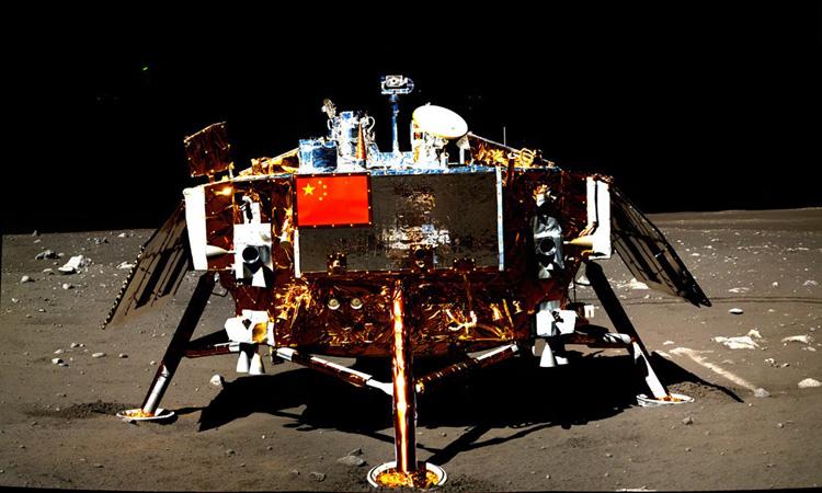 Trạm đổ bộ Hằng Nga 3 trên bề mặt Mặt Trăng. Ảnh: Space.