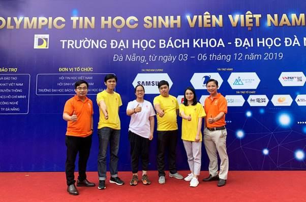Đội tuyển SIU tại cuộc thi Olympic Tin học sinh viên Việt Nam 2019.