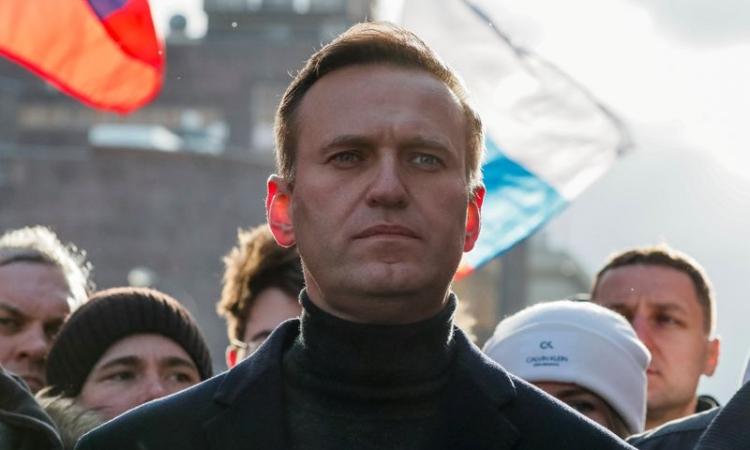 Lãnh đạo đối lập Nga Alexei Navalny tham gia tuần hành ở Moskva hôm 29/2. Ảnh: Reuters.