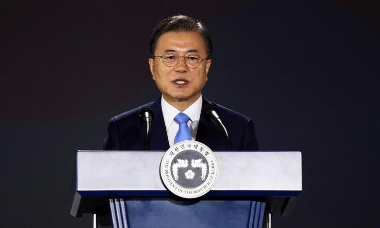 Tổng thống Moon Jae-in phát biểu tại thủ đô Seoul, Hàn Quốc, ngày 15/8. Ảnh: Reuters.