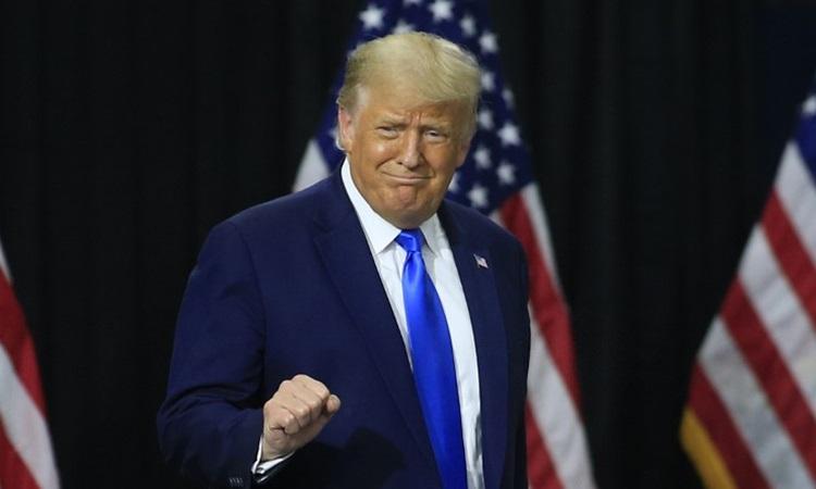 Tổng thống Mỹ Donald Trump tại cuộc vận động tranh cử ở bang Bắc Carolina hôm 24/9. Ảnh: AFP.