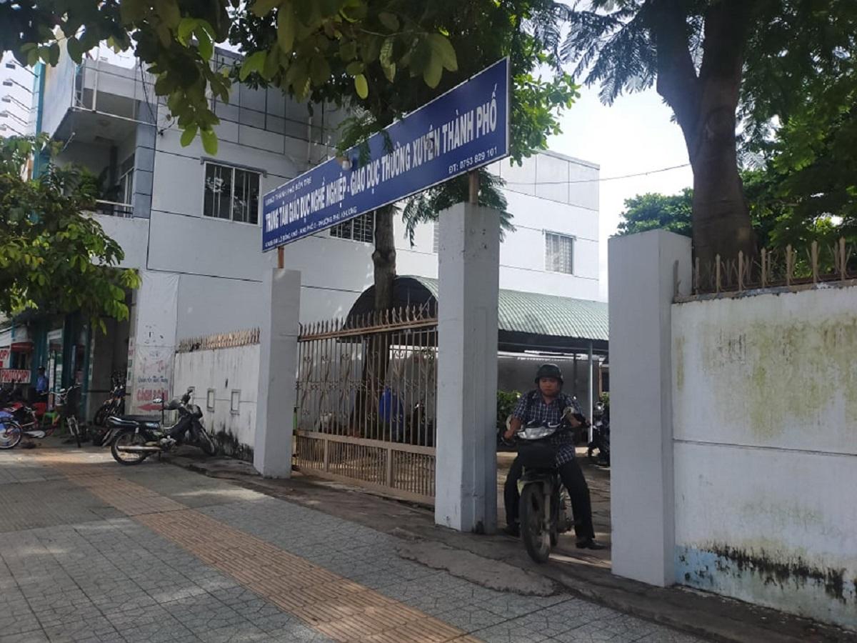 Trung tâm Giáo dục nghề nghiệp - Thường xuyên thành phố Bến Tre , nơi xảy ra vụ nữ sinh bị đánh. Ảnh: Nam An
