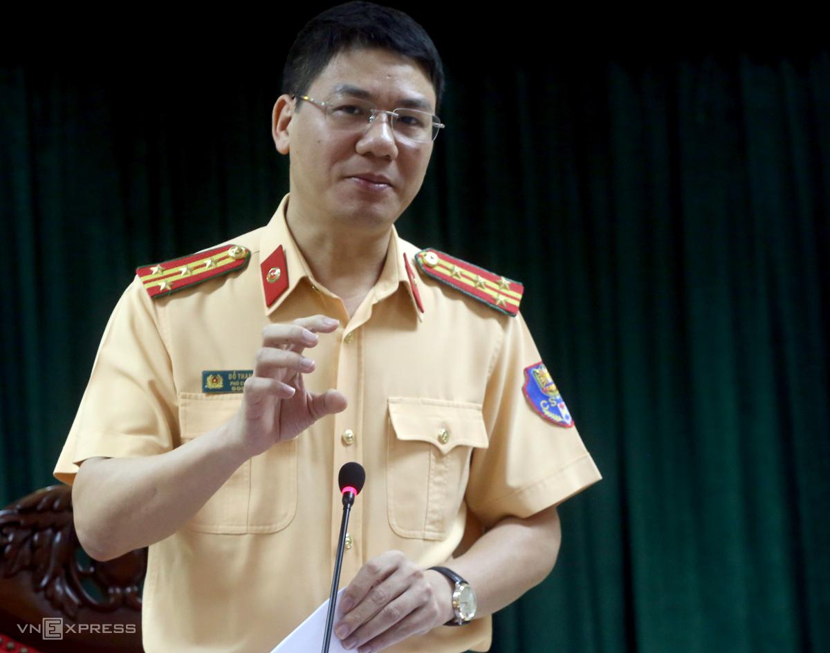 Đại tá Đỗ Thanh Bình, Cục Phó Cục CSGT trả lời báo chí chiều 29/9.Ảnh: Bá Đô