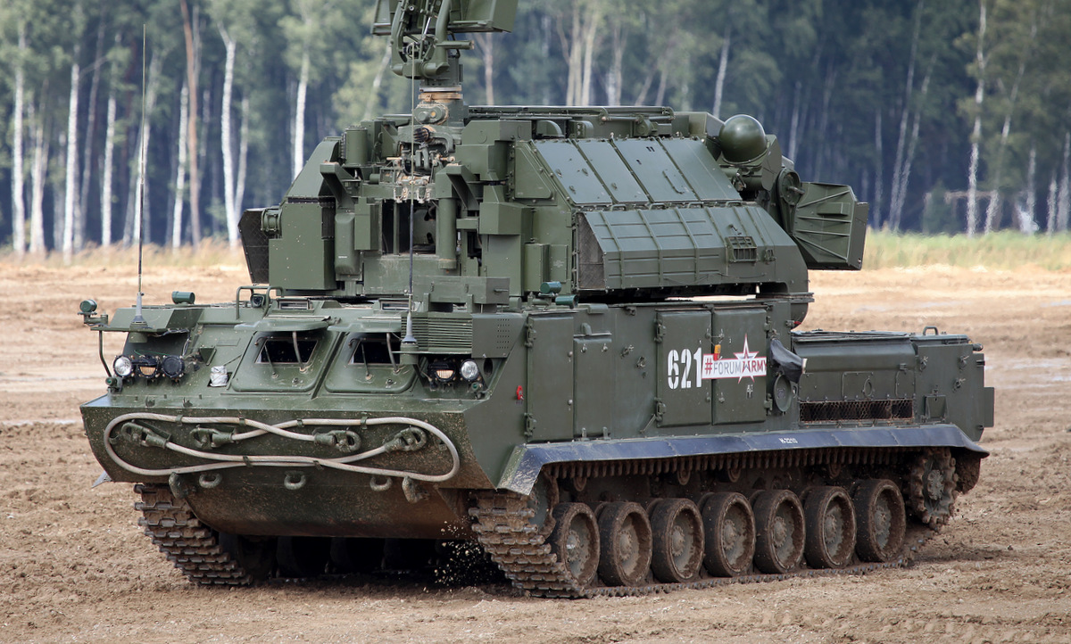 Xe chiến đấu Tor-M2 Nga biểu diễn tại triển lãm Army-2017. Ảnh: Vitaly Kuzmin.