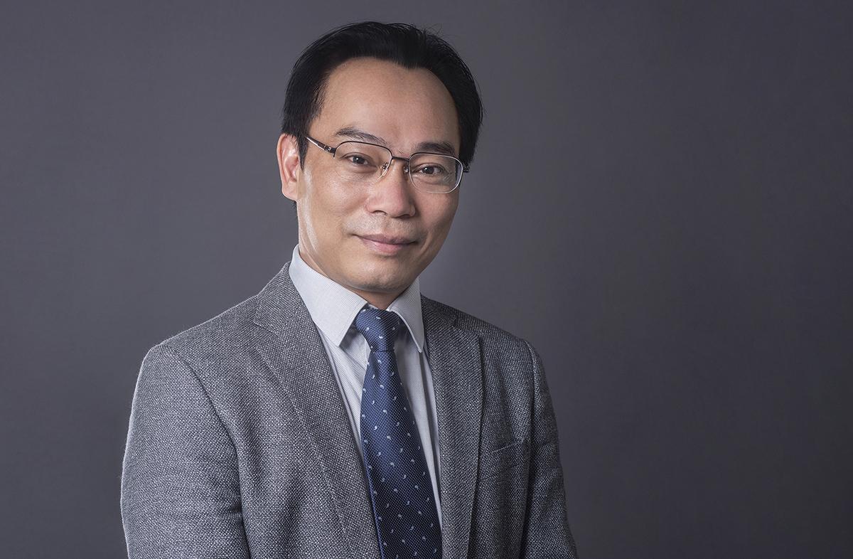 Ông Hoàng Minh Sơn hiện là Chủ tịch Hội đồng trường Đại học Bách khoa Hà Nội. Ảnh: HUST.