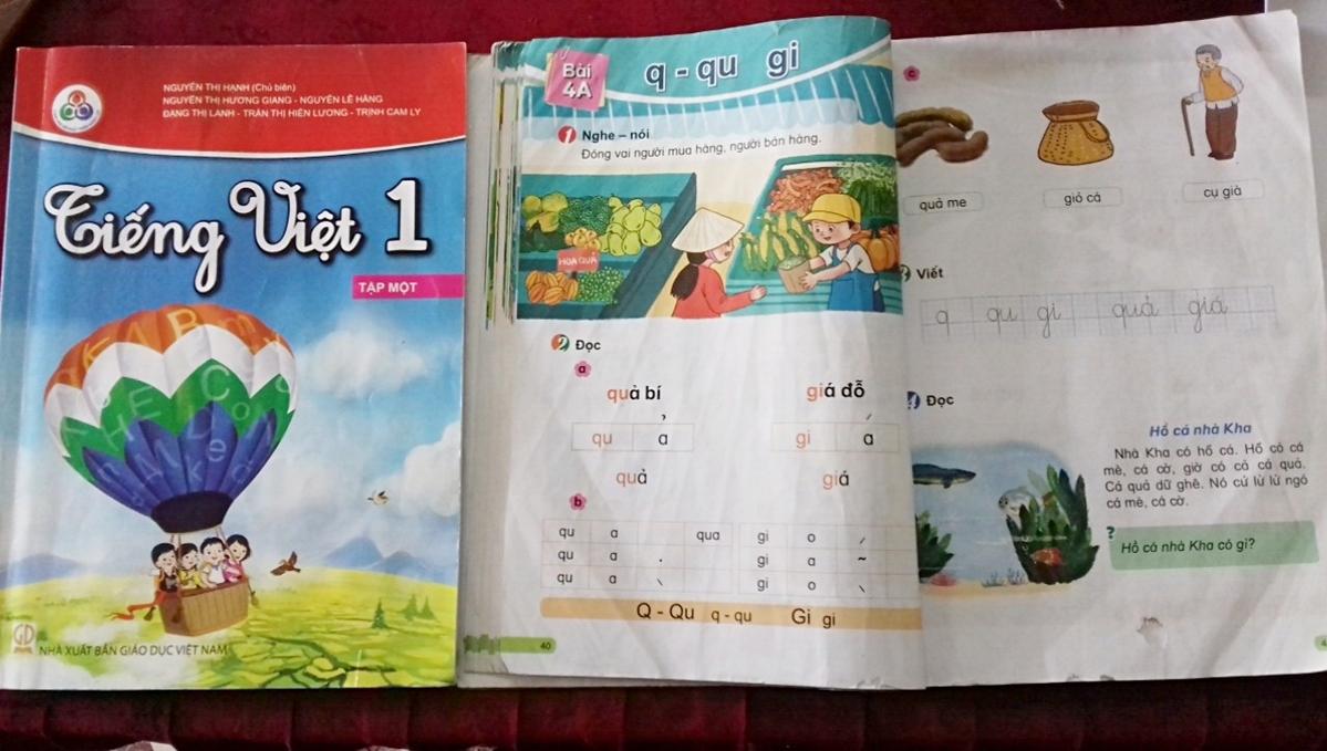 Một bài trong sách giáo khoa Tiếng Việt 1 bộ Cùng học để phát triển năng lực. Ảnh: Quỳnh Chi.