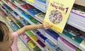 Bón thúc trẻ lớp 1 bằng những cuốn sách giáo khoa khô khan