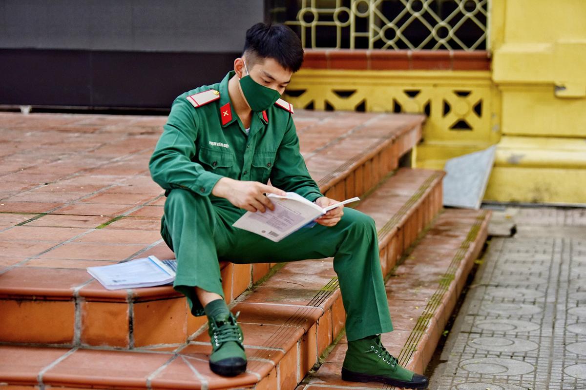 Thí sinh dự thi tốt nghiệp THPT 2020 tại Hà Nội. Ảnh: Giang Huy.