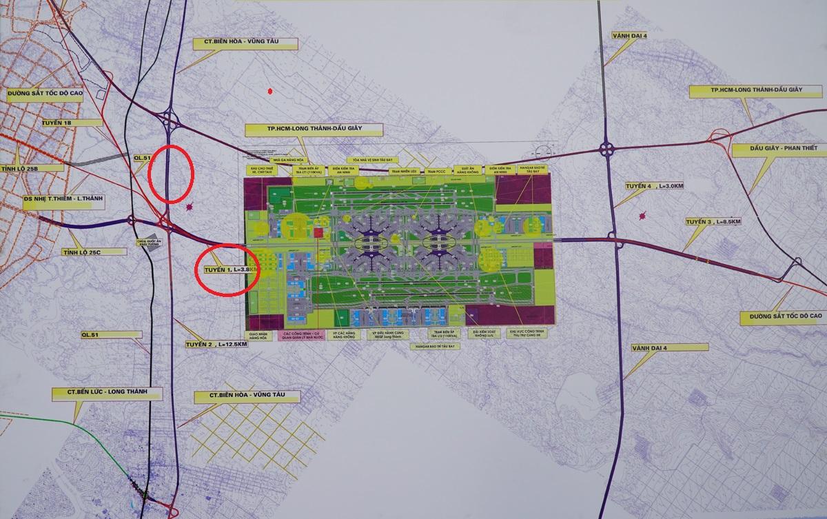 Bản đồ quy hoạch hệ thống giao thông kết nối sân bay Long Thành trong tương lai, trong đó hai tuyến đường kết nối được Đồng Nai đề xuất xây dựng bên trái (vòng tròn đỏ). Ảnh: Phước Tuấn.