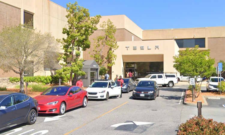 Lối vào trụ sở chính của Tesla ở California, Mỹ, hồi tháng 5/2019. Ảnh: Google Maps