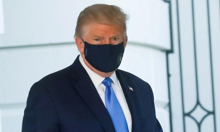 Tổng thống Mỹ Donald Trump tại Nhà Trắng hôm 2/10. Ảnh: Reuters.