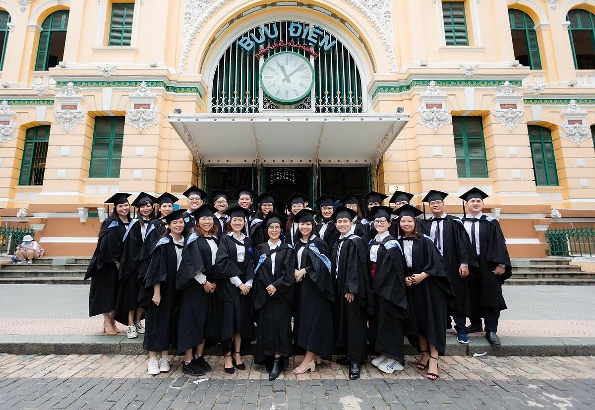 Các Tân cử nhân của chương trình Cử nhân Kinh doanh Western Sydney Bbus. Ảnh: Western Sydney Việt Nam.