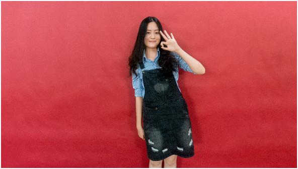 Phạm Gia Linh , tân sinh viên Western Sydney BBus có hai huy chương tiếng Anh. Ảnh: Gia Linh.
