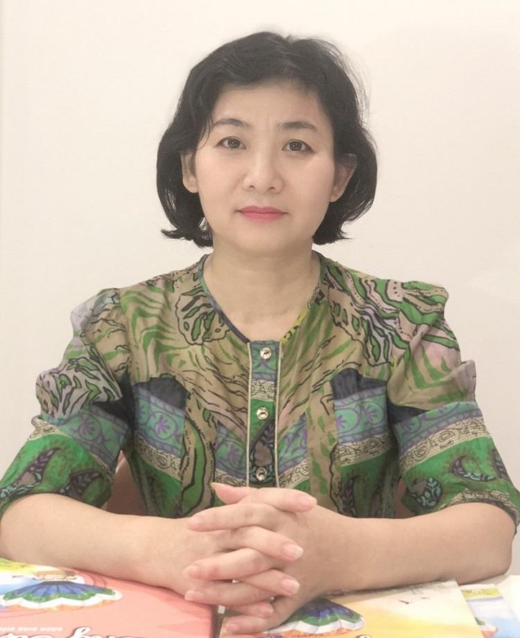PGS Trần Thị Hiền Lương, tác giả sách Tiếng Việt 1 Cùng học để phát triển năng lực. Ảnh: Nhân vật cung cấp.