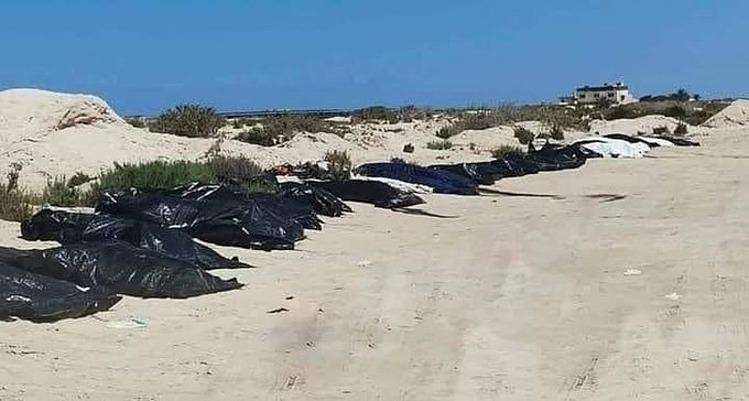 22 người chết vì vượt biên tại Zwara, Libya hồi tháng 8. Ảnh: Twitter/Federico Soda
