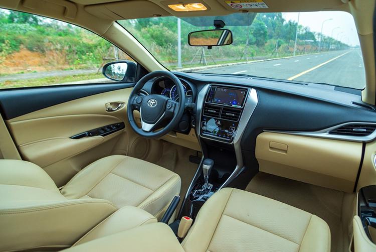 Nội thất Toyota Vios phiên bản cao cấp nhất.