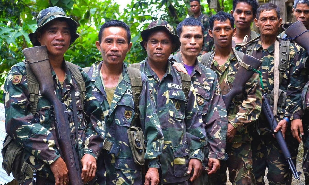 Dân quân thuộc lực lượng CAFGU. Ảnh: Bộ Quốc phòng Philippines.