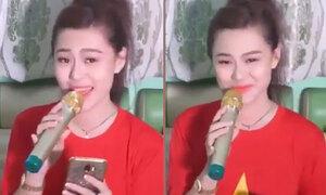 Cô gái hát về biển số xe Việt Nam