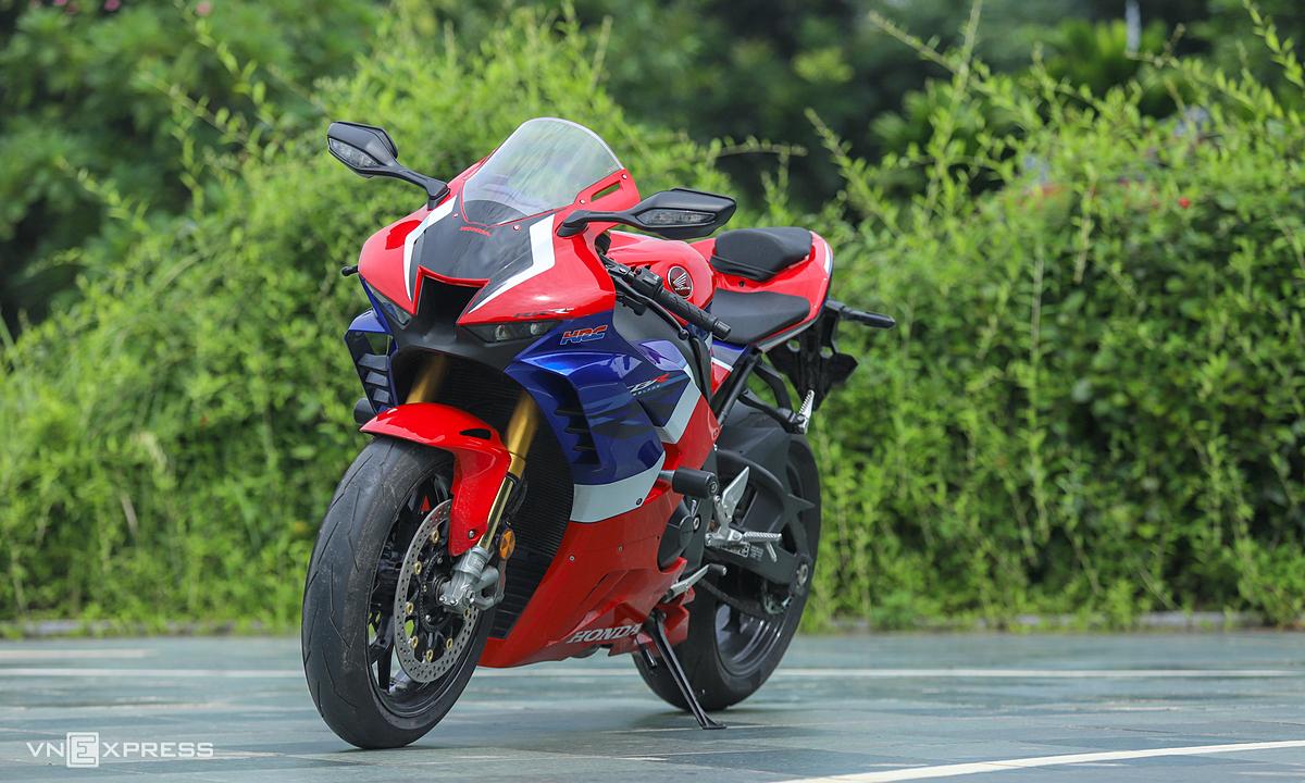 Mẫu môtô cao cấp của Honda, CBR1000RR-R Fireblade SP giá trên một tỷ đồng. Ảnh: Lương Dũng