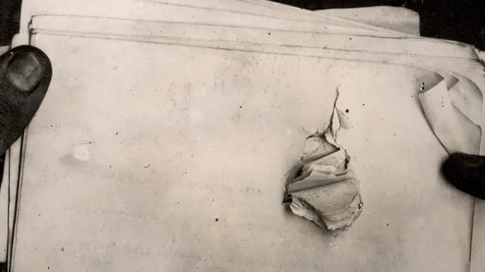 Tập giấy Theodore Roosevelt đã để trong túi áo khoác. Ảnh: Theodore Roosevelt Collection.