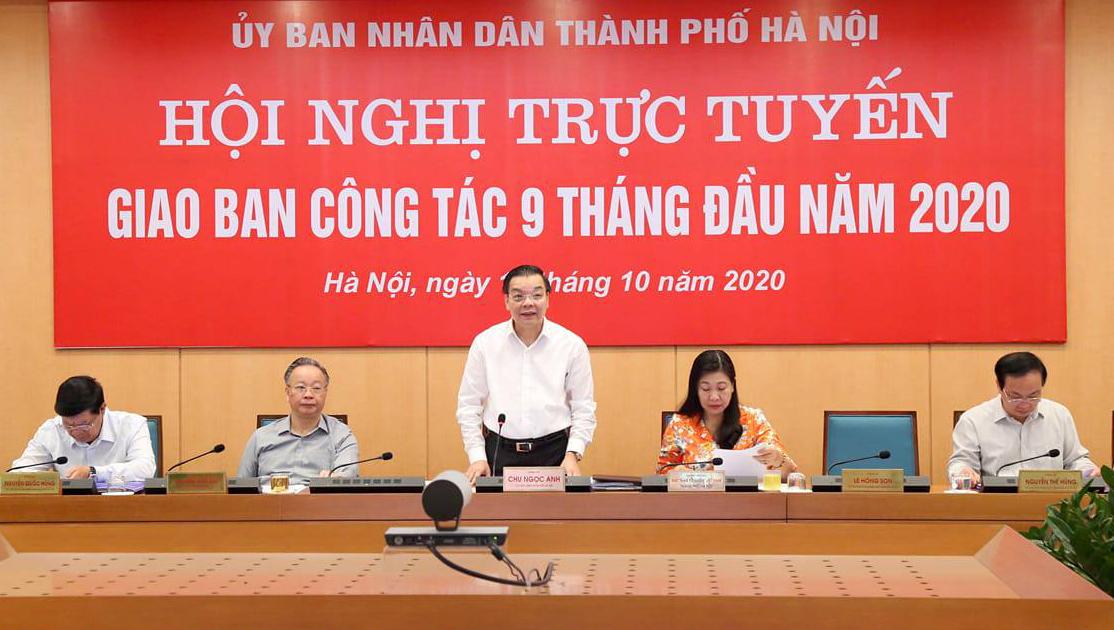 Chủ tịch UBND TP Hà Nội Chu Ngọc Anh phát biểu tại cuộc họp giao ban ngày 16/10. Ảnh: Nguyễn Khánh.