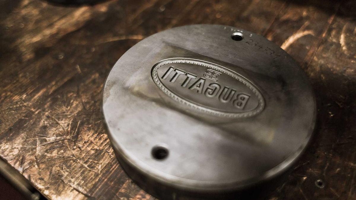 10 điều thú vị về logo Bugatti - 10