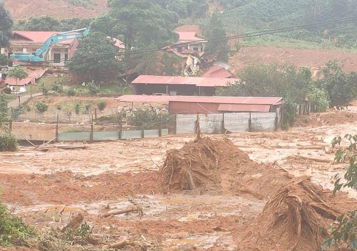 Sạt lở đất ở xã Phước Hùng (Hướng Hoá, Quảng Trị). Ảnh: CTV