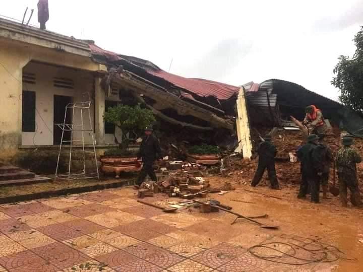 Khu nhà của Đoàn kinh tế quốc phòng 337 bị đổ sập. Ảnh: CTV