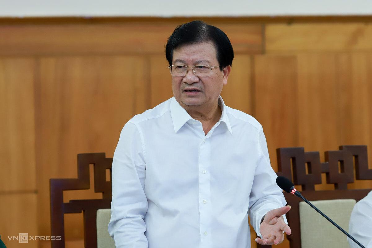 Phó thủ tướng Trịnh Đình Dũng chủ trì buổi làm việc. Ảnh: Nguyễn Đông.