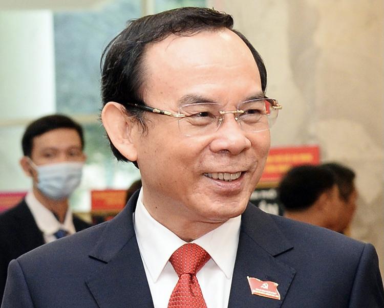 Ông Nguyễn Văn Nên tại Đại hội Đảng bộ TP HCM, ngày 16/10. Ảnh: Hữu Công.