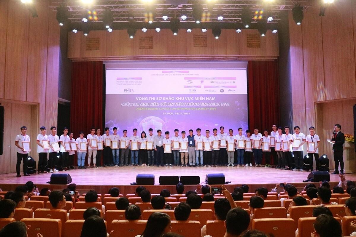 Đại học Quốc tế Sài Gòn năm thứ 2 liên tiếp đăng cai tổ chức vòng sơ khảo phía nam cuộc thi Sinh viên với An toàn thông tin ASEAN. Ảnh: SIU.