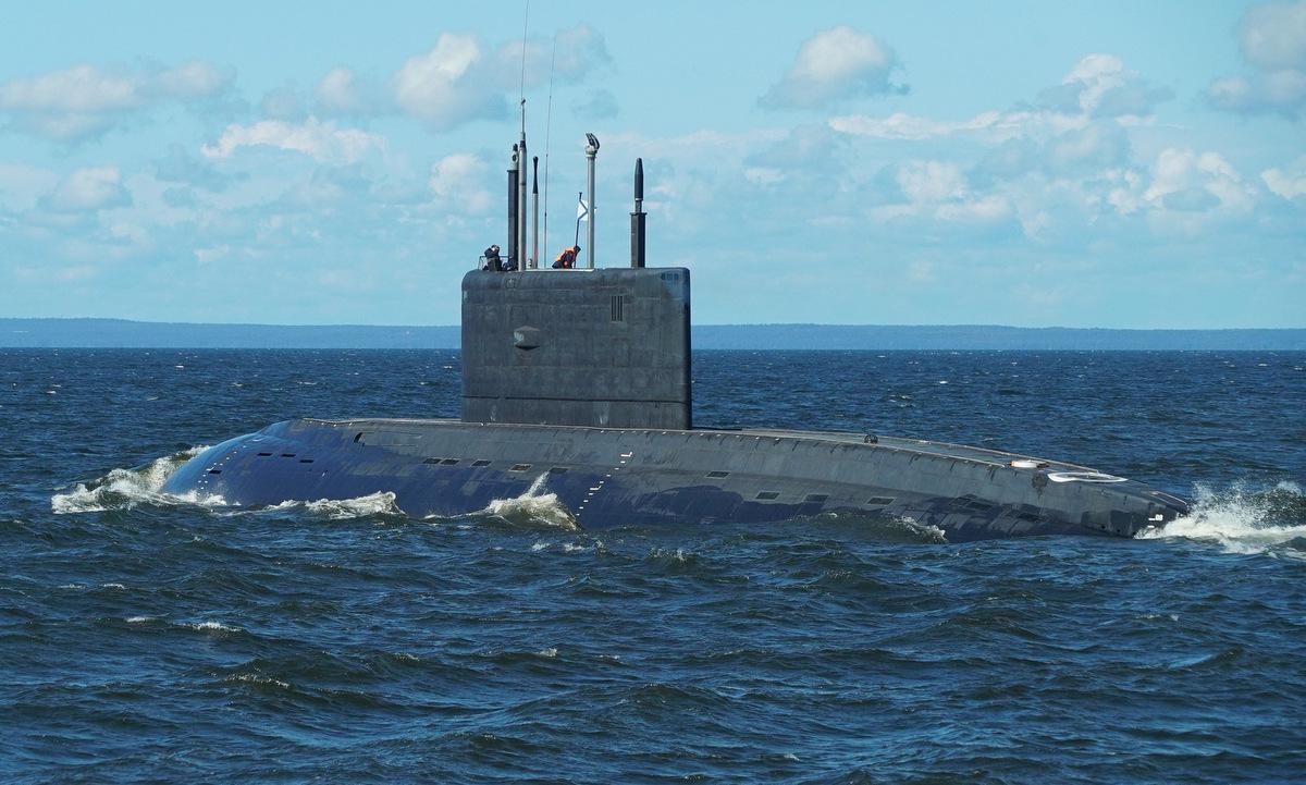 Tàu ngầm Petropavlovsk-Kamchatsky ra biển năm 2019. Ảnh: Admiralty Shipyards.