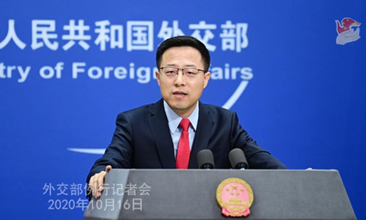 Phát ngôn viên Bộ Ngoại giao Trung Quốc Triệu Lập Kiên tại buổi họp báo ở Bắc Kinh hôm 16/10. Ảnh: Bộ Ngoại giao Trung Quốc.