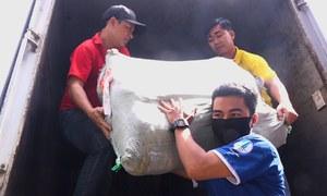 Chuyển 20 tấn hàng cứu trợ đến miền Trung
