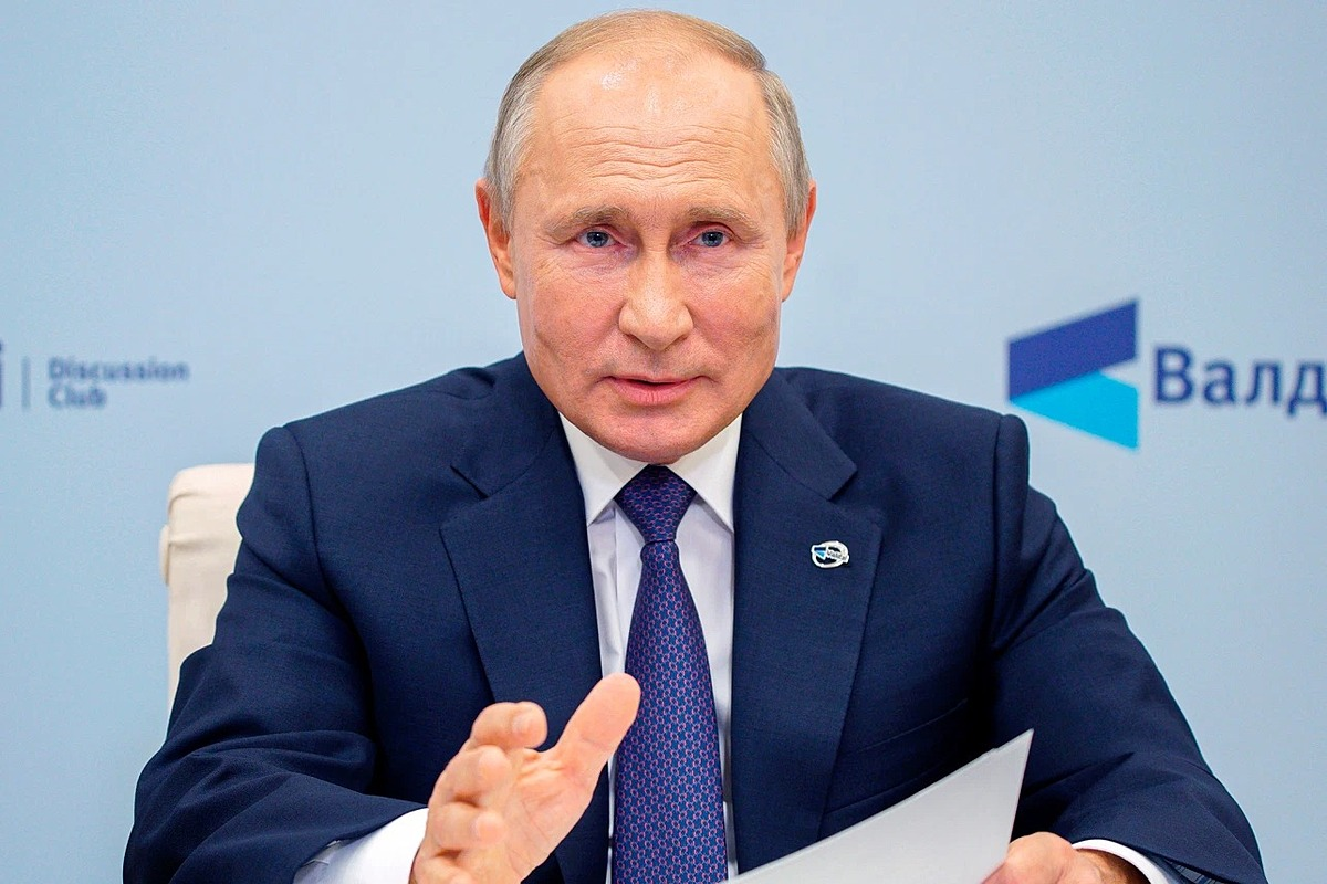 Tổng thống Nga Putin tham gia cầu truyền hình phiên họp toàn thể cuối cùng của của Hội nghị Thường niên lần thứ XVII Câu lạc bộ Thảo luận Quốc tế Valdai ở Moksva, Nga, hôm 22/10. Ảnh: AP
