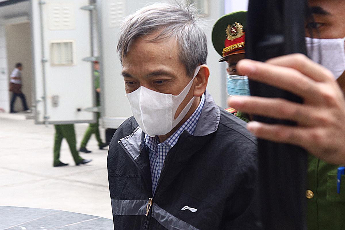 Cựu phó tổng giám đốc BIDV Trần Lục Lang. Ảnh: Phạm Dự
