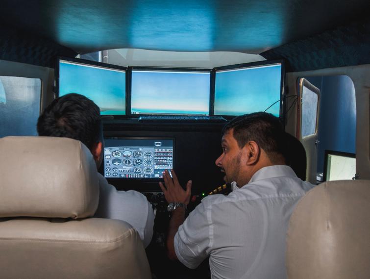 Mô hình máy bay mô phỏng Simulator Fixed Base Business hiện đại mang lại hiệu ứng hình ảnh phục vụ cho chuyến bay.