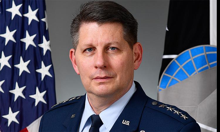 Tư lệnh lực lượng vũ trụ Mỹ, đại tướng David Thompson. Ảnh: USSF.