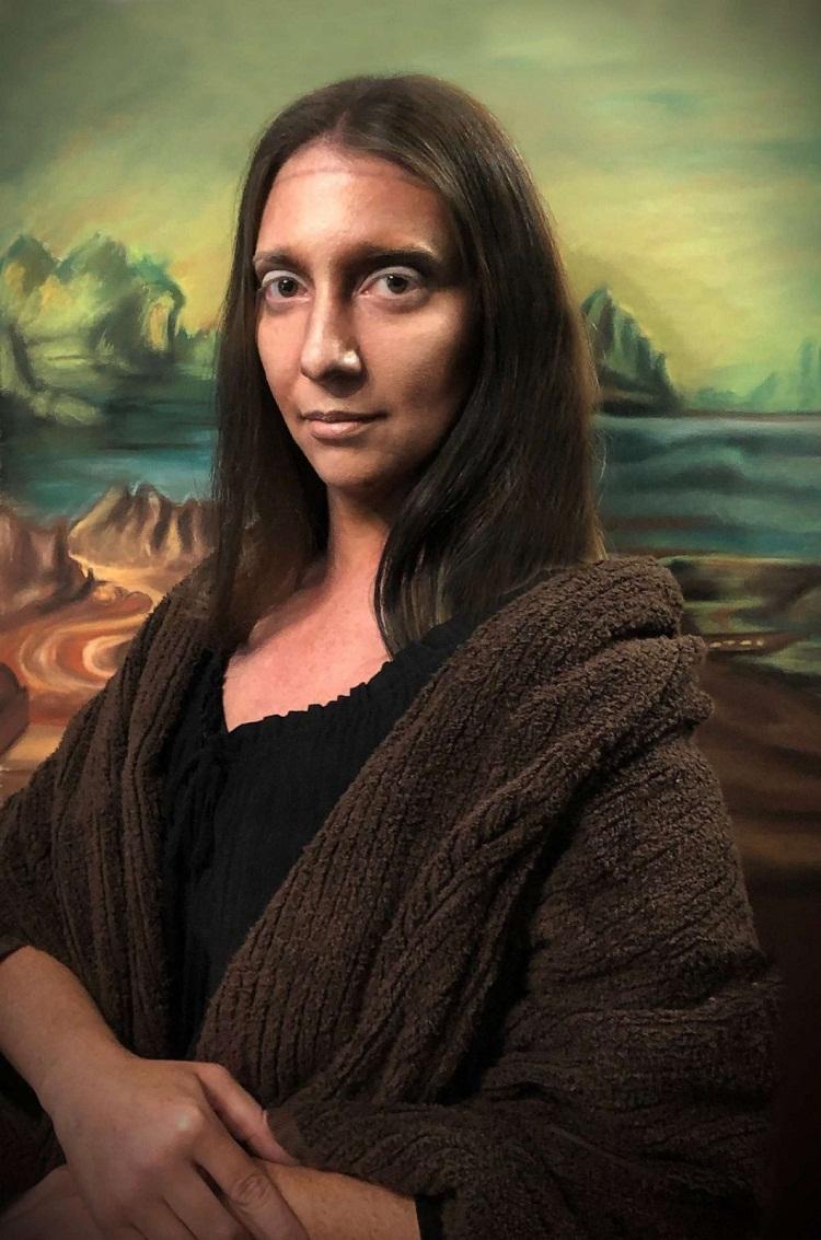 Jennifer hóa thân thành nàng Mona Lisa. Ảnh: Jennifer De Angelo