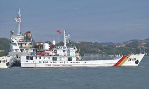 Huy động tàu kiểm ngư tìm kiếm tàu cá mất tích trên biển