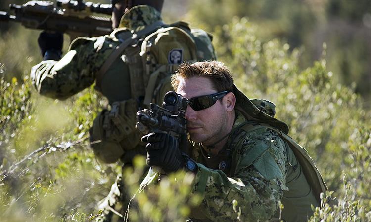 Đặc nhiệm SEAL của hải quân Mỹ huấn luyện tại căn cứ ở California, tháng 1/2012. Ảnh: US Navy.