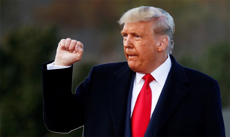 Tổng thống Mỹ Donald Trump tại buổi vận động ở Newtown, bang Pennsylvania, ngày 31/10. Ảnh: Reuters.